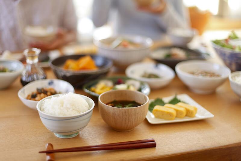 食卓での美味しい食事