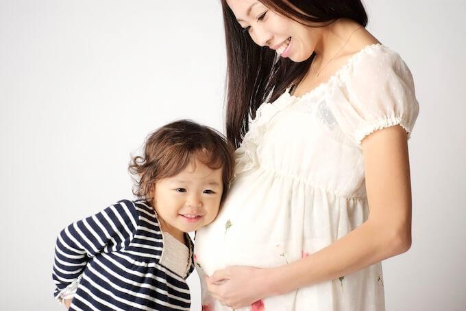妊娠中のママと子供